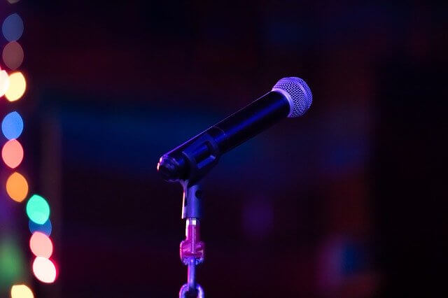 comment surmonter la peur de prendre la parole en public